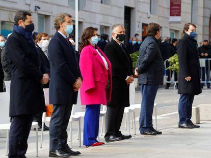 Desde la izquierda, Juan Manuel Moreno, Alberto Núñez Feijóo, Concha Andreu, Víctor Torres, Guillermo Fernández Vara y Alfonso Fernández Mañueco, en un acto en Madrid en 2020.