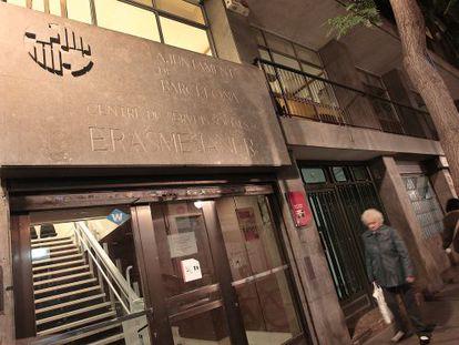 Una imagen del entresuelo del edificio que puede acabar albergando el Ateneu Enciclopèdic Popular.