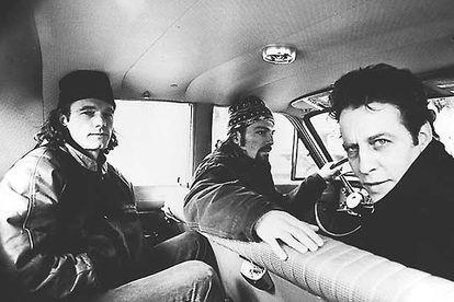 Morphine, en 1997. Derecha, Mark Sandman;  Dana Colley, conduciendo y Billy Conway.