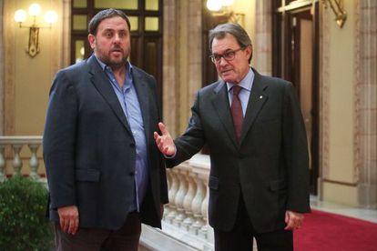 El presidente Artur Mas y Oriol Junqueras en el Parlament en una imagen de archivo.
