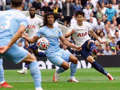 Son marca el gol de la victoria del Tottenham ante el Manchester City en la primera jornada de la Premier League este domingo.