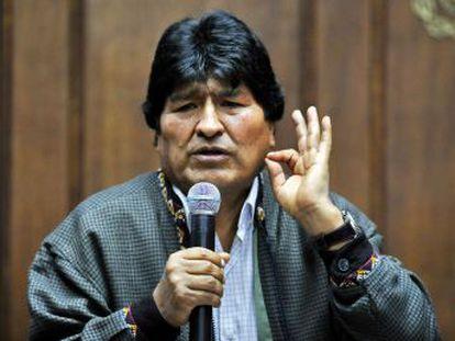 El expresidente boliviano planea trasladarse al país austral para tener un contacto más directo con los dirigentes de su partido