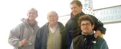 Jordi Pujol con sus hijos Pere (izquierda), Jordi y Oriol (con gafas).