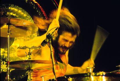 John Bonham en un concierto de Led Zeppelin en Los Ángeles en los años setenta.