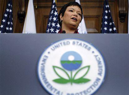 La administradora de la Agencia para la Protección del Medioambiente, Lisa Jackson, durante la rueda de prensa.
