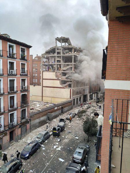 El edificio, poco después de la explosión.