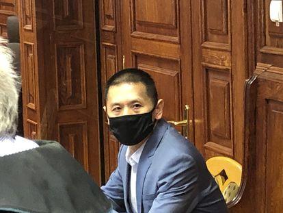 El antiguo director de Huawei en Polonia, Weijing Wang, al comienzo del juicio, el pasado martes, que se desarrolla en Varsovia y donde se le acusa de espiar para China.