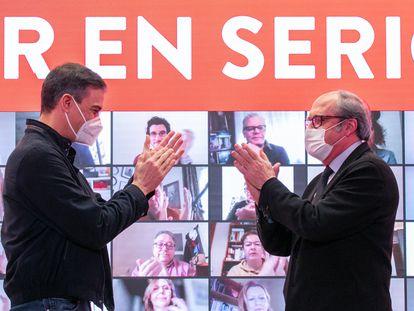 Pedro Sánchez y Ángel Gabilondo, este sábado en un mitin del PSOE.