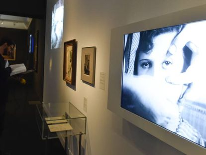 En 1929 Luis Buñuel y Salvador Dalí estrenaron en París Un perro andaluz una de los intercambios entre cine y pintura.