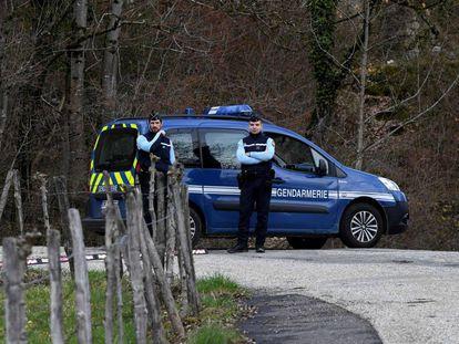 Dispositivo policial en torno al lugar donde Lelandais admitió haber matado a Arthur Noyer