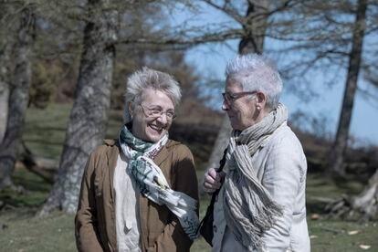 Blanca Portillo y Maixabel Lasa, en el rodaje de 'Maixabel'.