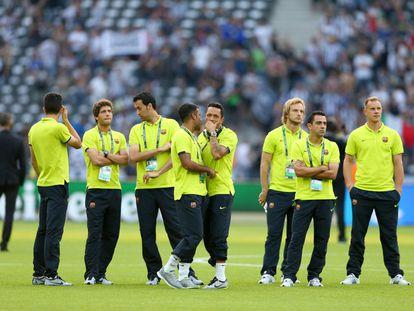Los jugadores del Barça pisan el cesped del estadio Olimpico