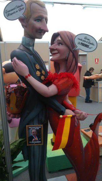 Escena con ninots de los Reyes de España.