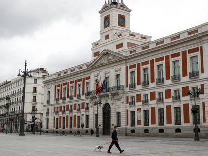 La sede del Gobierno de la Comunidad de Madrid, en la puerta del Sol.