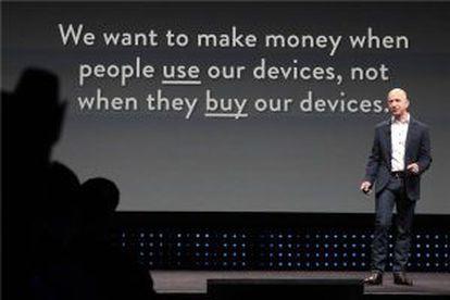 Bezos y su eslogan: el negocio es la venta de contenidos no de aparatos.