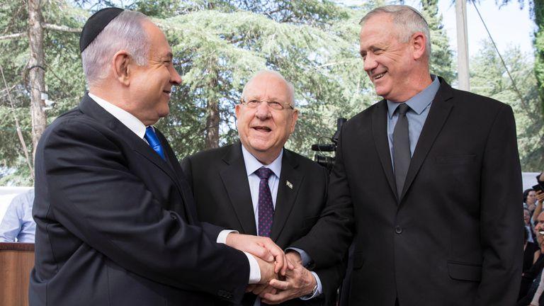 De izquierda a derecha, Netanyahu, el presidente Rivlin y Gantz , en septiembre de 2019 en Jerusalén.