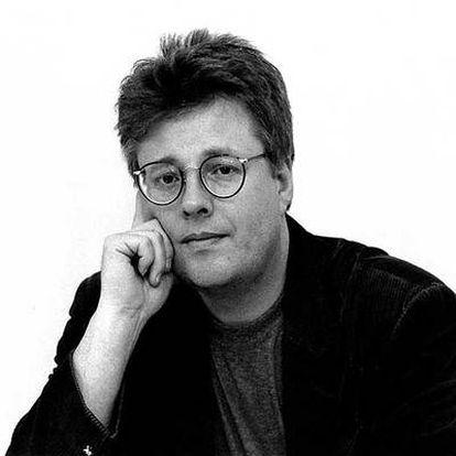 Stieg Larsson, autor de la trilogía <i>Millennium</i>, cuya segunda parte llegará a España el día 25.