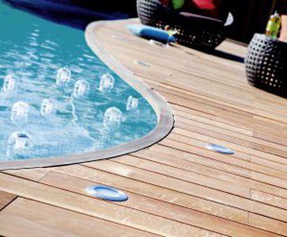 Pavimento en piscina, de Leroy Merlin.