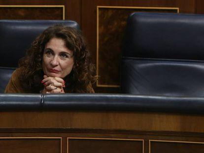 La ministra de Hacienda, Maria Jesus Montero en el Congreso.