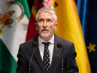 El ministro del Interior, Fernando Grande-Marlaska, este lunes en Sevilla.