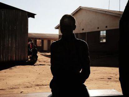 Con la atención y los fondos centrados en otras emergencias, campos de desplazados africanos como el de Dzaleka, en Malawi, caen en el olvido