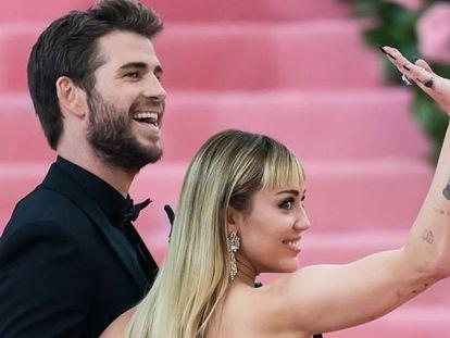 Liam Hemsworth y Miley Cyrus, en la Gala del Met, en mayo de 2019.