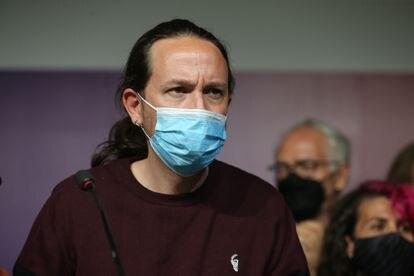 El exvicepresidente segundo y ex secretario general de Podemos, Pablo Iglesias, durante la rueda de prensa en la que anunció su salida de la política tras las elecciones de Madrid.