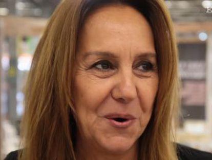 La escritora se somete al carrusel de preguntas de EL PAÍS en la Feria Internacional del Libro de Guadalajara