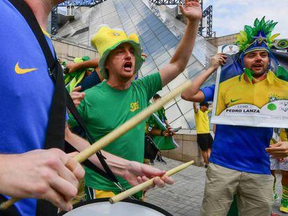 Aficionados de Brasil en Kazán, Rusia.