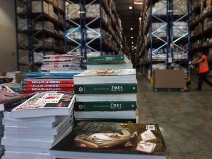 Almacenes en Madrid de UDL,  distriuidora de pequeñas y medianas editoriales, el martes pasado en Azuqueca de Henares (Madrid).