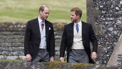 Guillermo y, a la derecha, Enrique de Inglaterra.