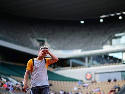 Davidovich, este martes durante el partido contra Zverev en la central de París.