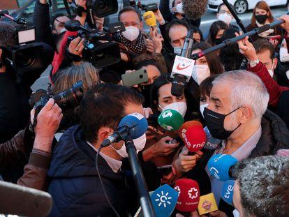 El líder de Ciudadanos en Cataluña, Carlos Carrizosa, a su llegada el lunes a la ejecutiva. / Emilio Naranjo (EFE)
