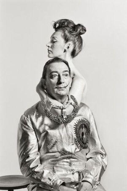 Dalí fotografiado por Meneses.