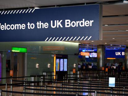 Control de fronteras en el aeropuerto de Heathrow, en Londres.