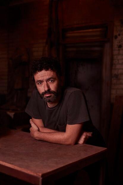 Rodrigo Sorogoyen nunca había probado con el género de terror. Él ha sido el encargado de adaptar 'El doble' de Chicho Ibáñez Serrador.