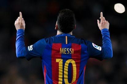 Messi celebra un gol durante un partido de la Liga en el Camp Nou, en una imagen de archivo.