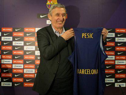Svetislav Pesic. en su presentación como entrenador del Barça.