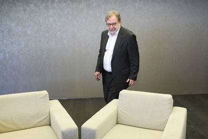 Juan Luis Cebrián, antes de la presentación de sus memorias, 'Primera página', ayer en Guadalajara (México).
