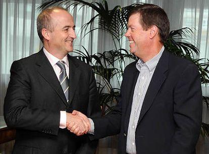 En su visita a España, Scott McNealy ha mantenido un ecuentro con el ministro de Industria, Turismo y Comercio, Miguel Sebastián.