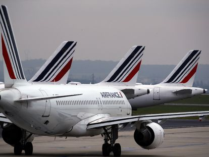 Aviones de Air France en el aeropuerto Charles de Gaulle de París.