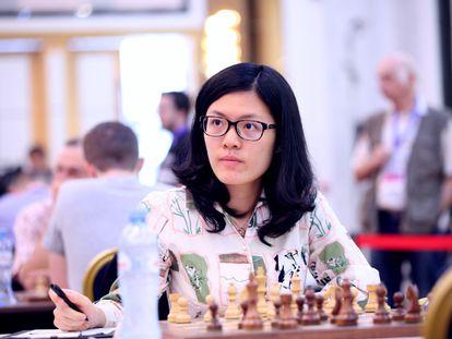 La china Yifán Hou, única mujer entre los cien mejores ajedrecistas del mundo.