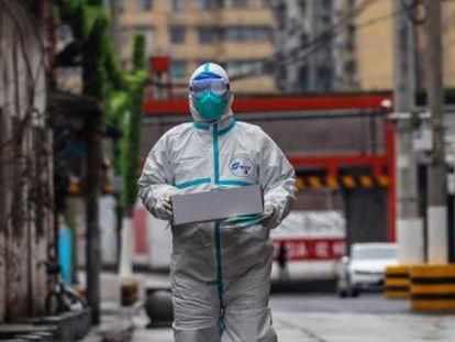 El primer ministro chino viaja a Wuhan para coordinar la lucha contra el patógeno