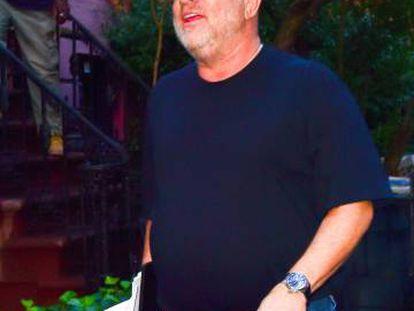 Harvey Weinstein, paseando por el Soho neoyorquino el pasado viernes.