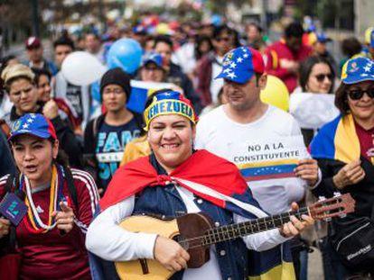 Argentina, Colombia, México, Perú o Panamá, además de Esàña, no reconocen los resultados