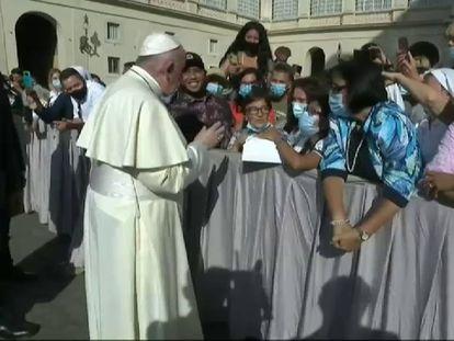 El Papa Francisco acudió a la audiencia general sin mascarilla este miércoles.