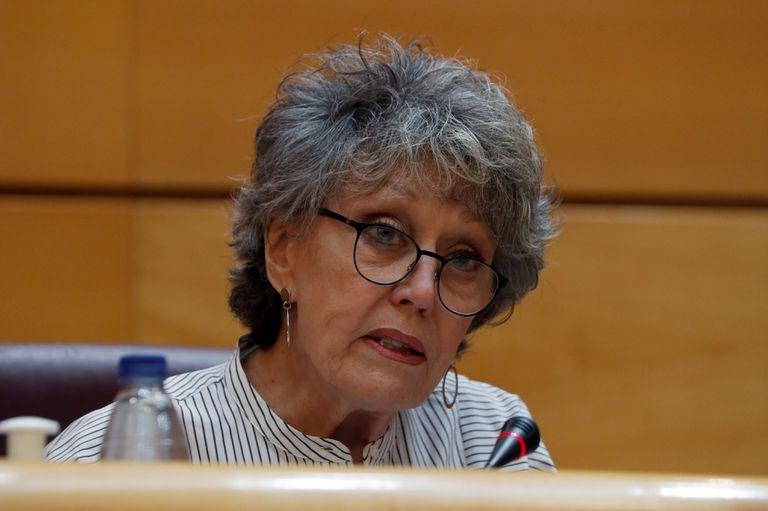 La administradora única provisional de RTVE, Rosa María Mateo, durante su comparecencia ante la Comisión Mixta de Control Parlamentario de la corporación pública, este jueves en el Senado.