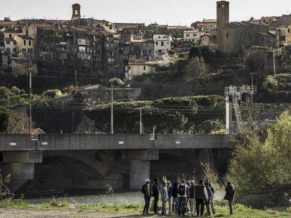 Inmigrantes en Ventimiglia (Italia).