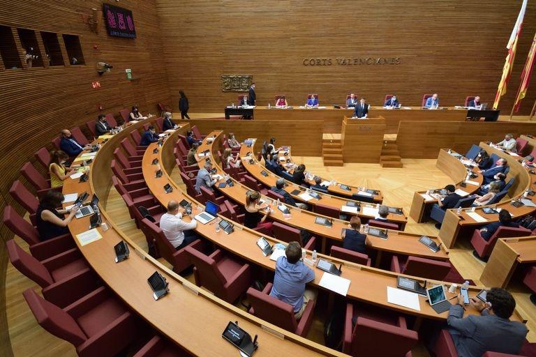 Pleno de las Cortes valencianas en que se ha aprobado el pacto de reconstrucción.
