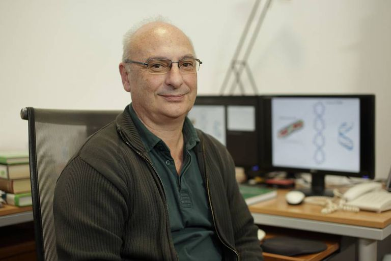 El investigador español Francis Mojica.